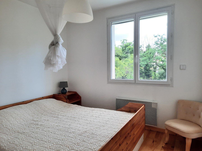 Achat Maison, Surface de 196 m²/ Total carrez : 158 m², 6 pièces, Oullins (69600)