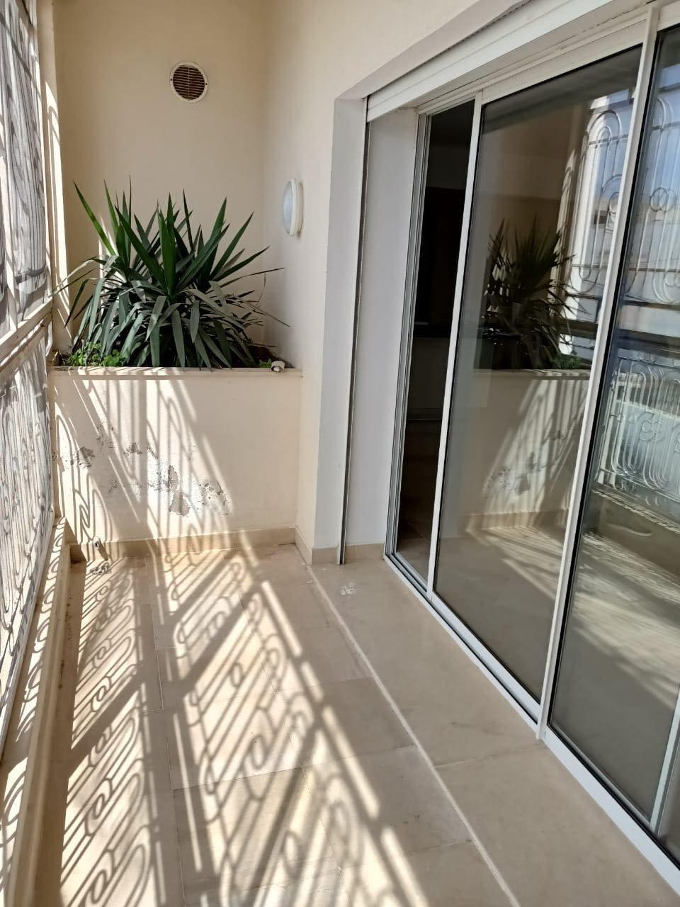 Vente Appartement S+3 à La Marsa Plage