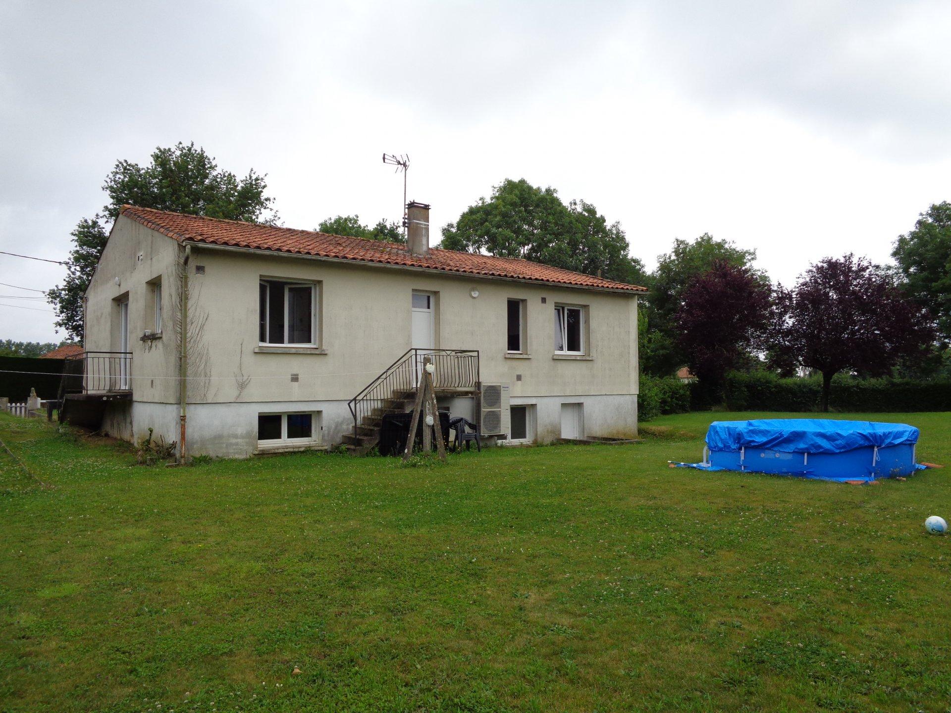Sale House - Courlay