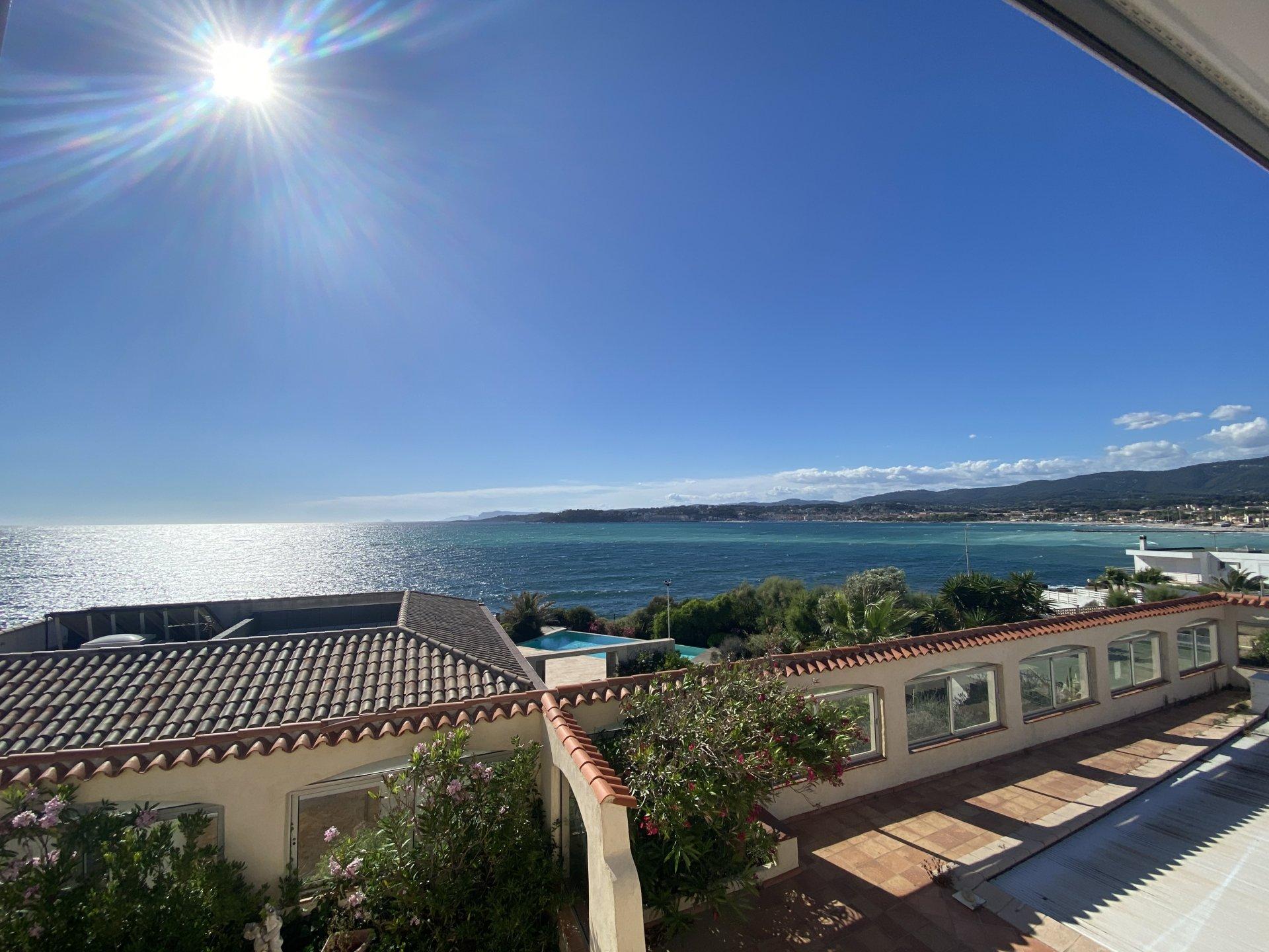 Maison magnifique vue mer Six-Fours