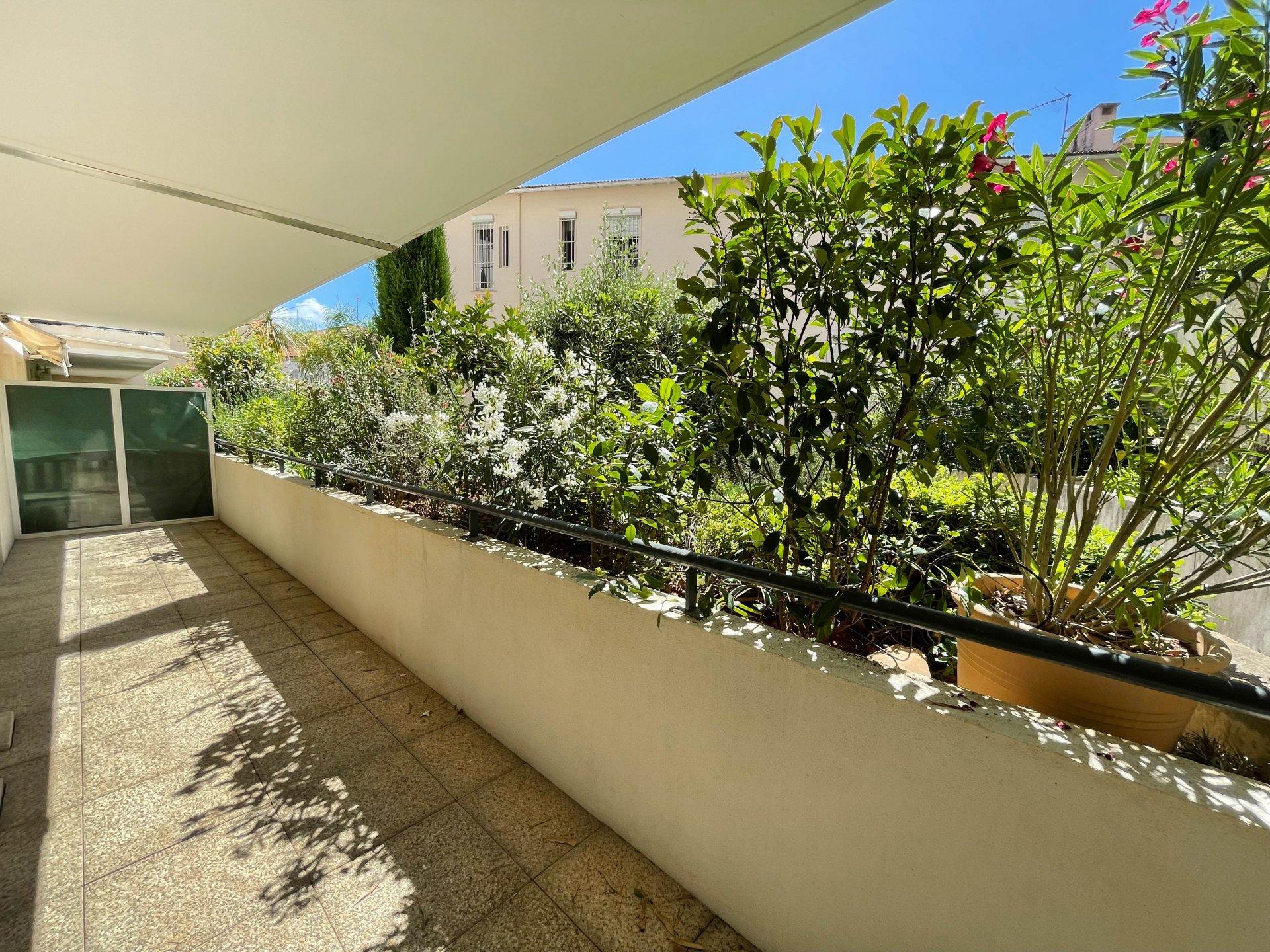 Sale Apartment - Cagnes-sur-Mer Centre-ville