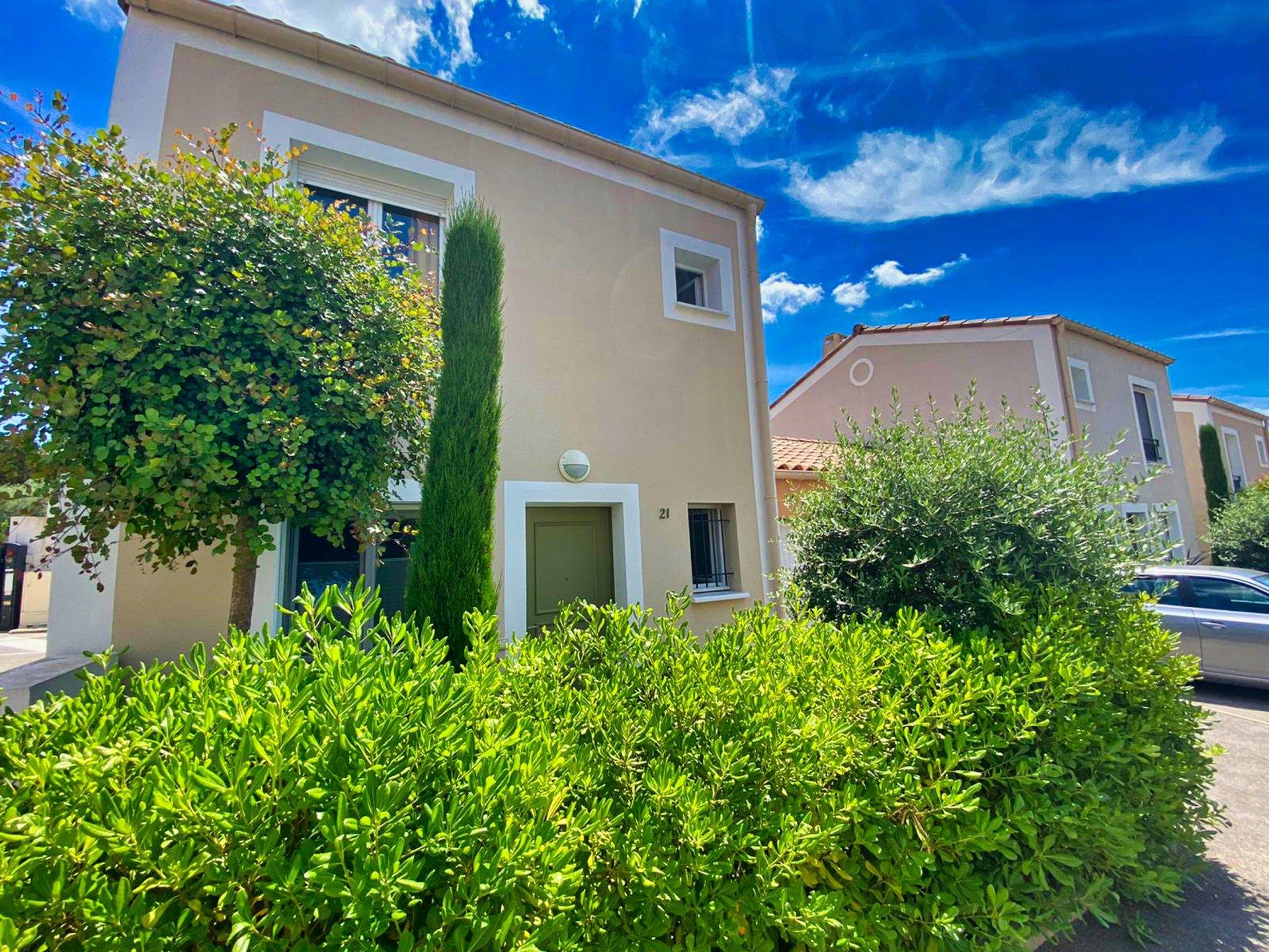VENDU ! villa 3P 68 m² avec jardin privatif et garage