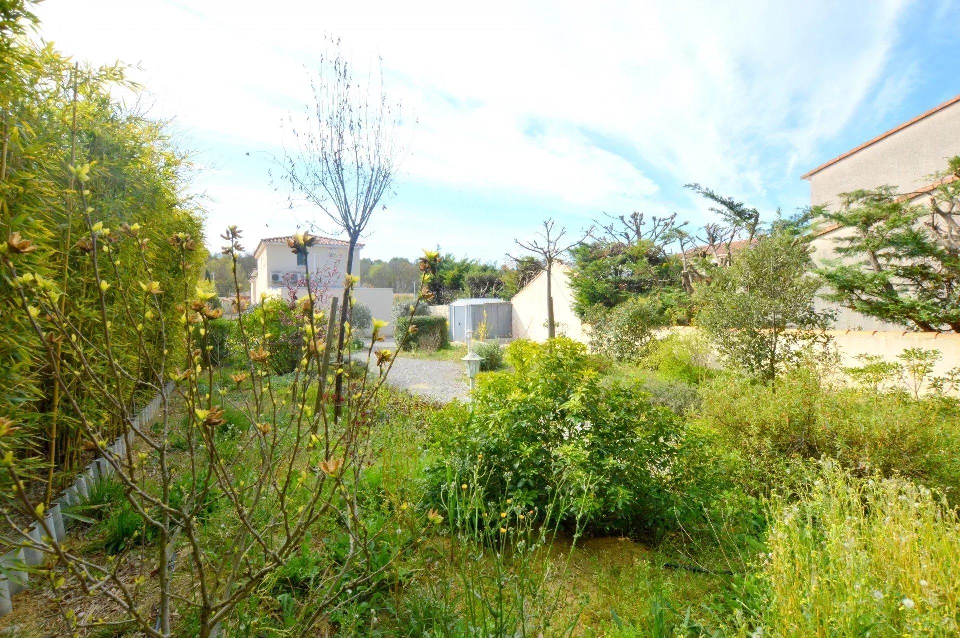 Maison contemporaine  5 pièces de 107 m²
