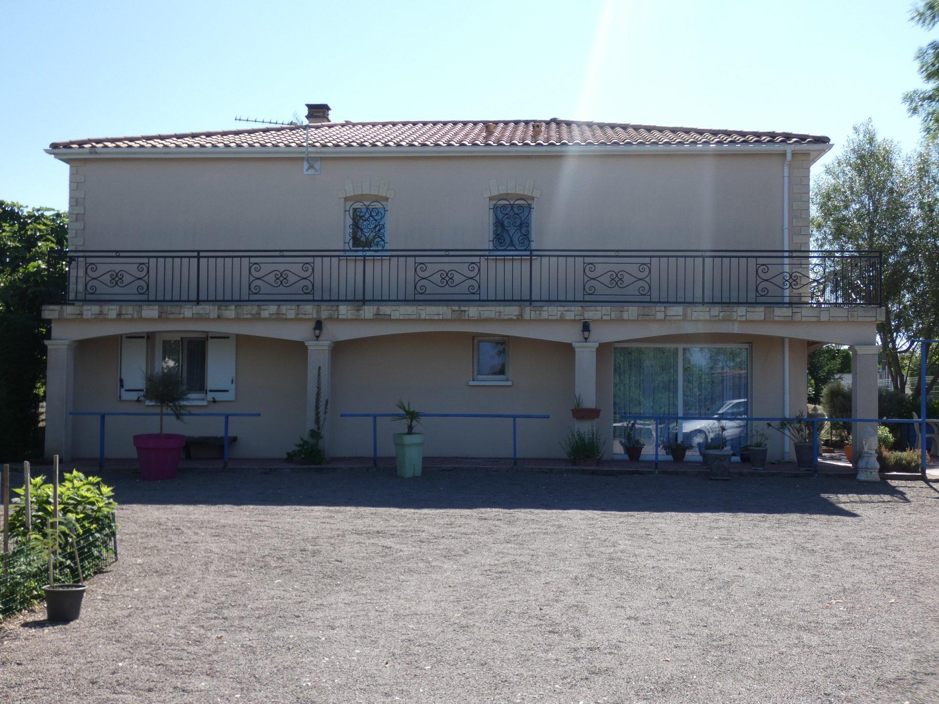 Sale House - Mansle