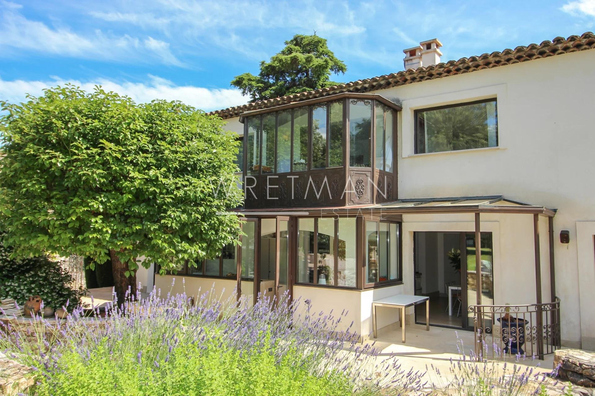 Magnificient villa with swimming pool and an exceptional view - Saint-Paul-de-Vence