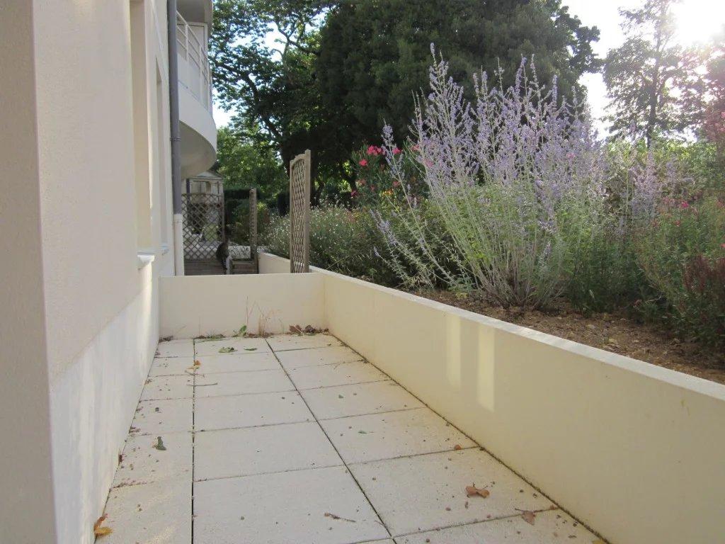 T2 avec terrasse et place de parking en sous sol