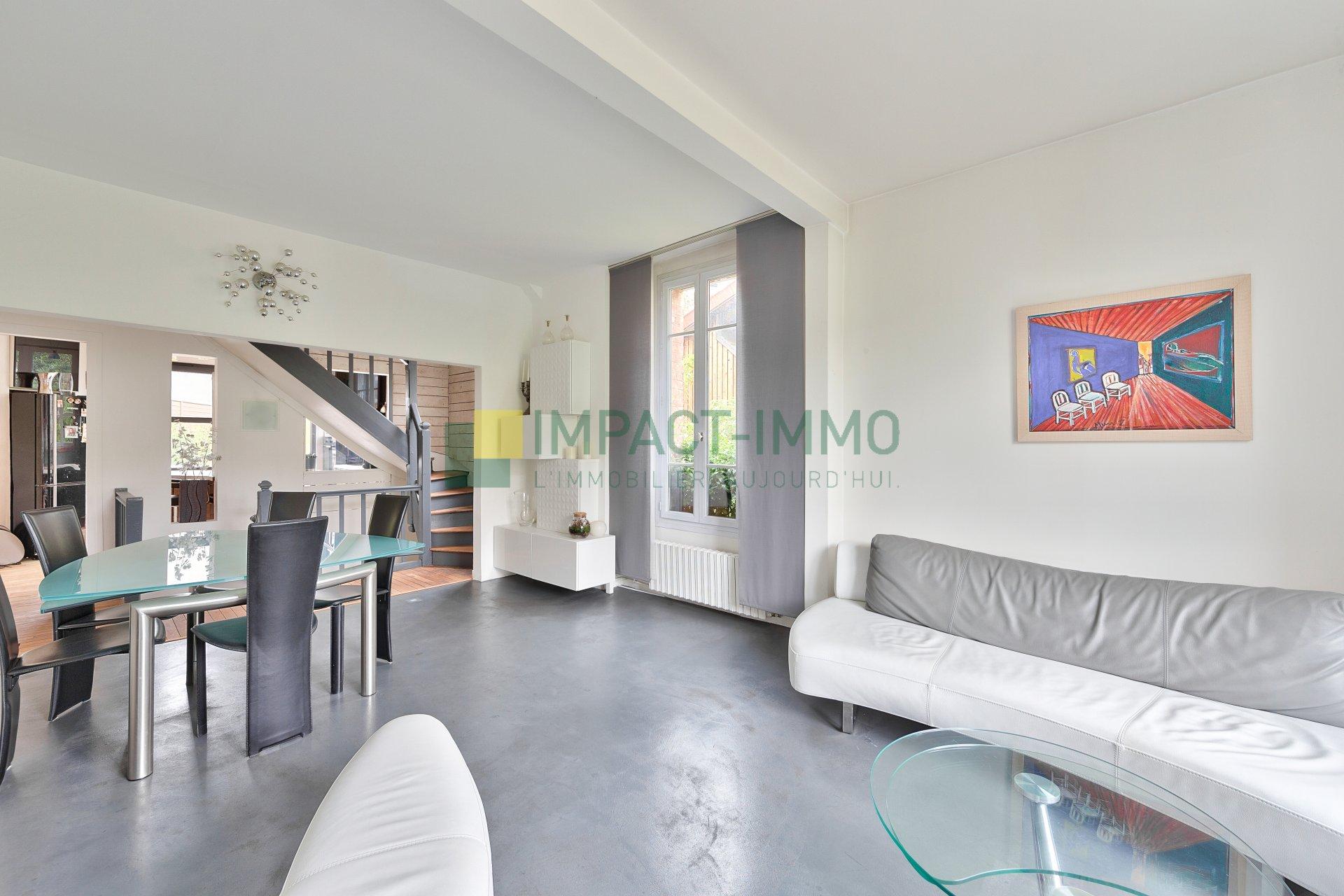 Maison Moderne de Ville 164m2 Suresnes
