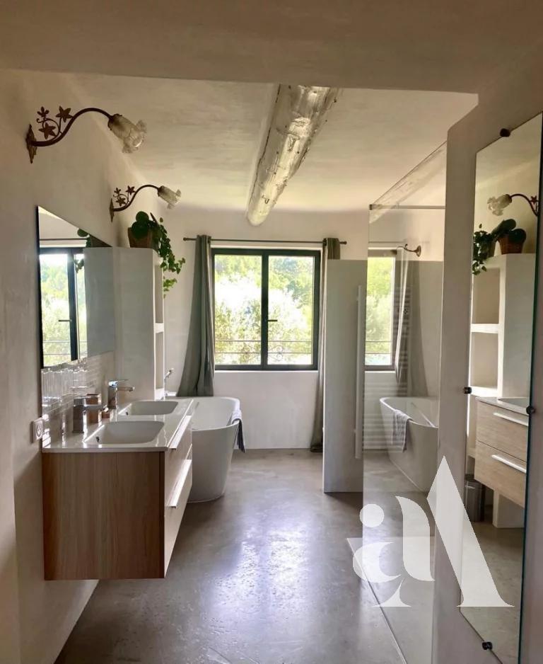 LE MAS DES OCRES - ROUSSILLON - LUBERON - 10 chambres - 20 personnes