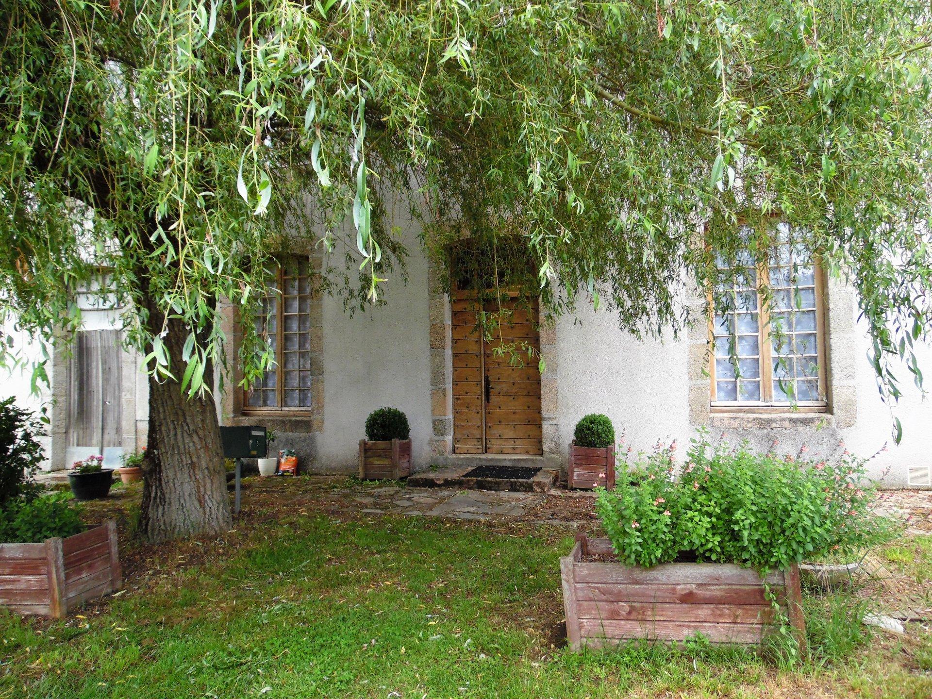 A vendre dans la Creuse, un beau château datant de 1774.