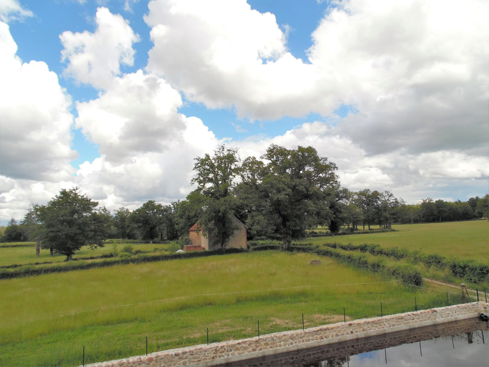 For sale in the Creuse, beautiful castle dating from 1774.