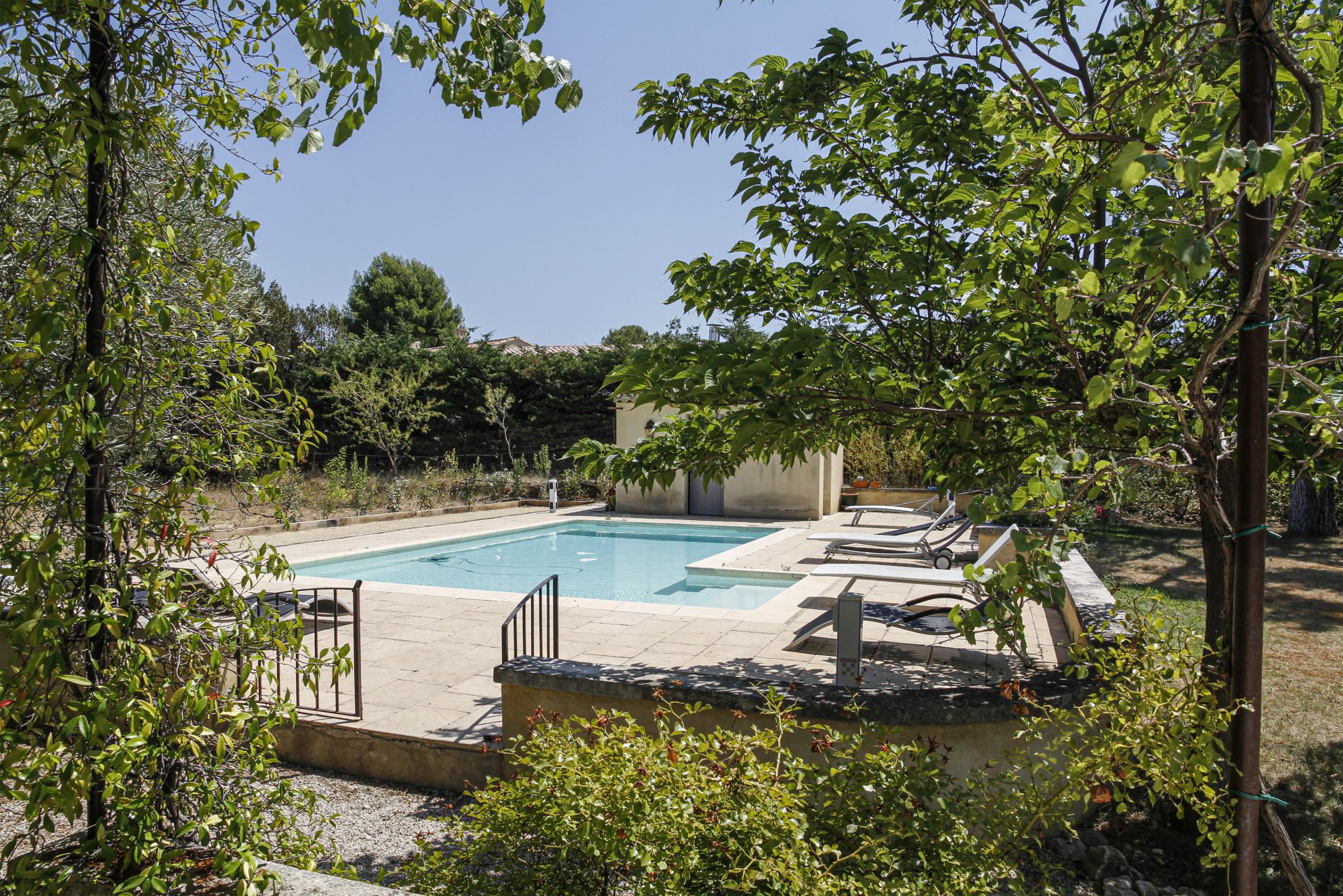 HOUSE FOR SALE EYGALIÈRES