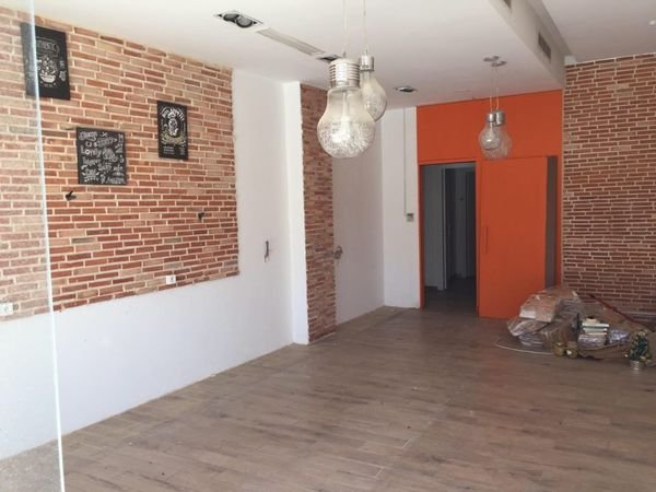 Vente Fond de commerce de 68 m² Menzah 6