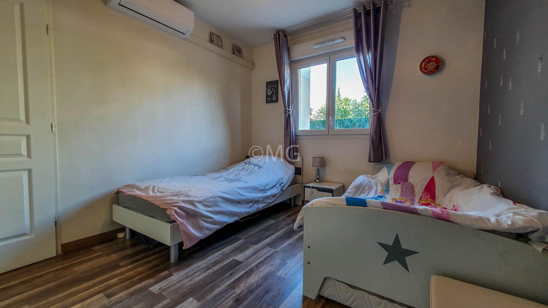 Sale Apartment - Le Cannet L'Aubarède
