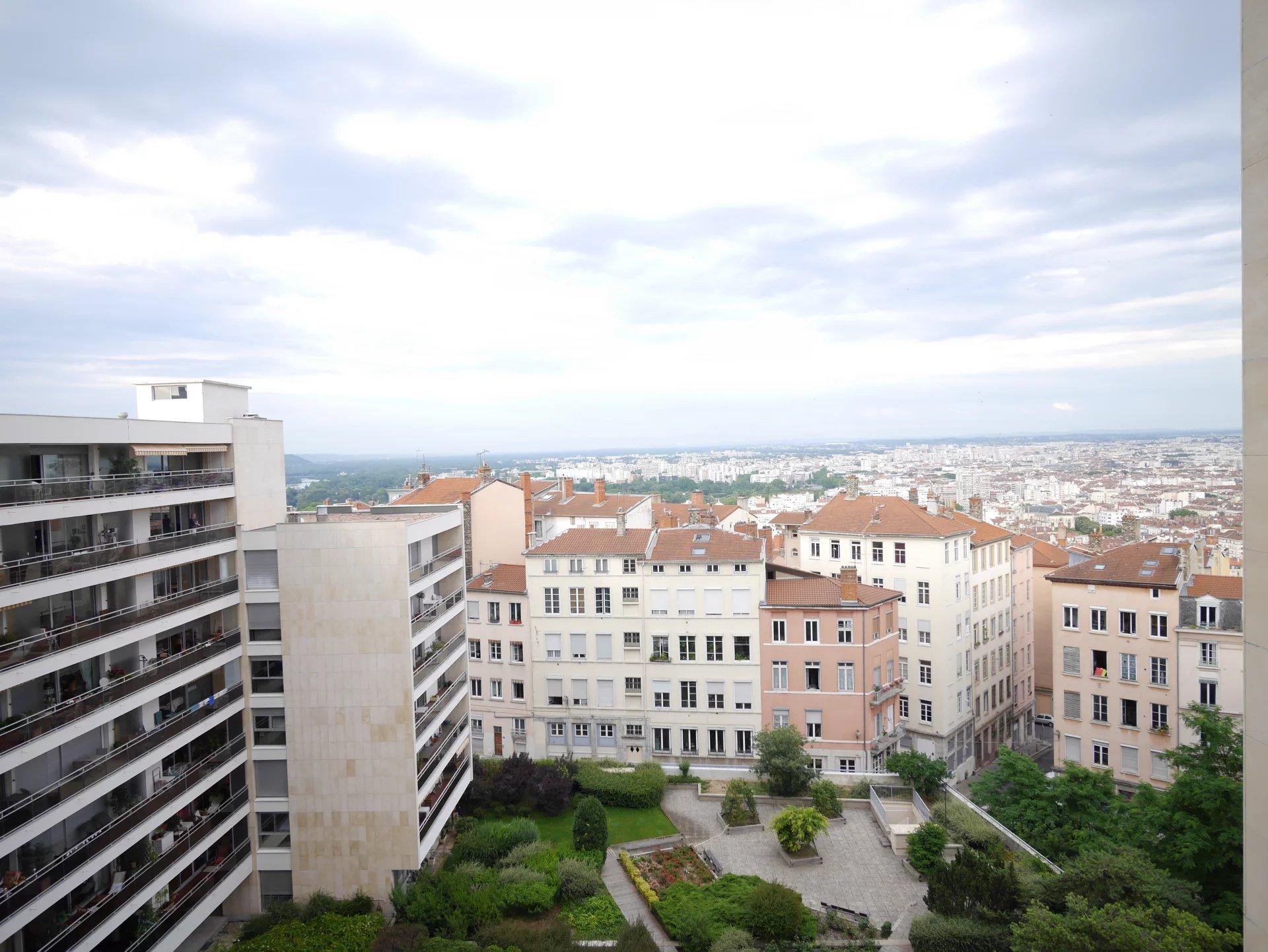 Sale Apartment - Lyon 4ème Gros Caillou
