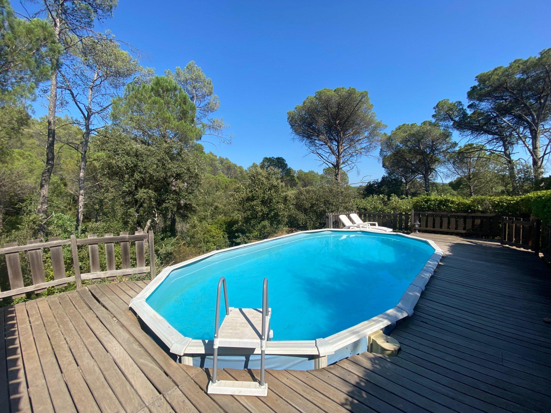 Maison provençale sur 4 172 m² de terrain avec vue