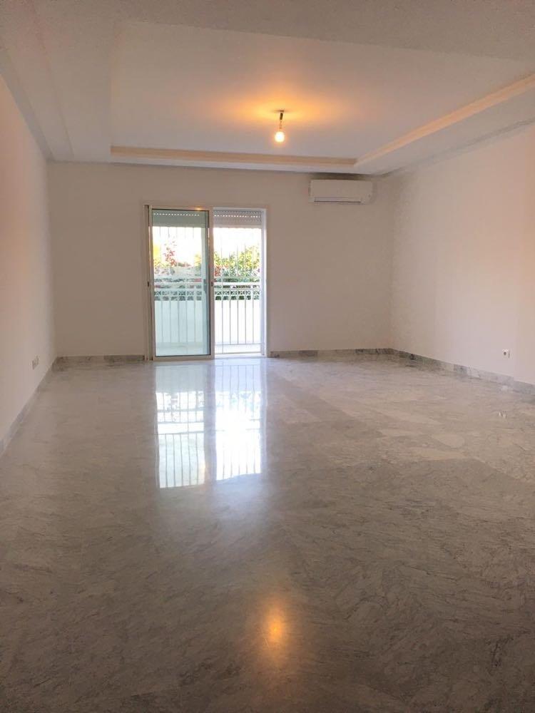 Location Appartement S+3 de 200 m² La Soukra