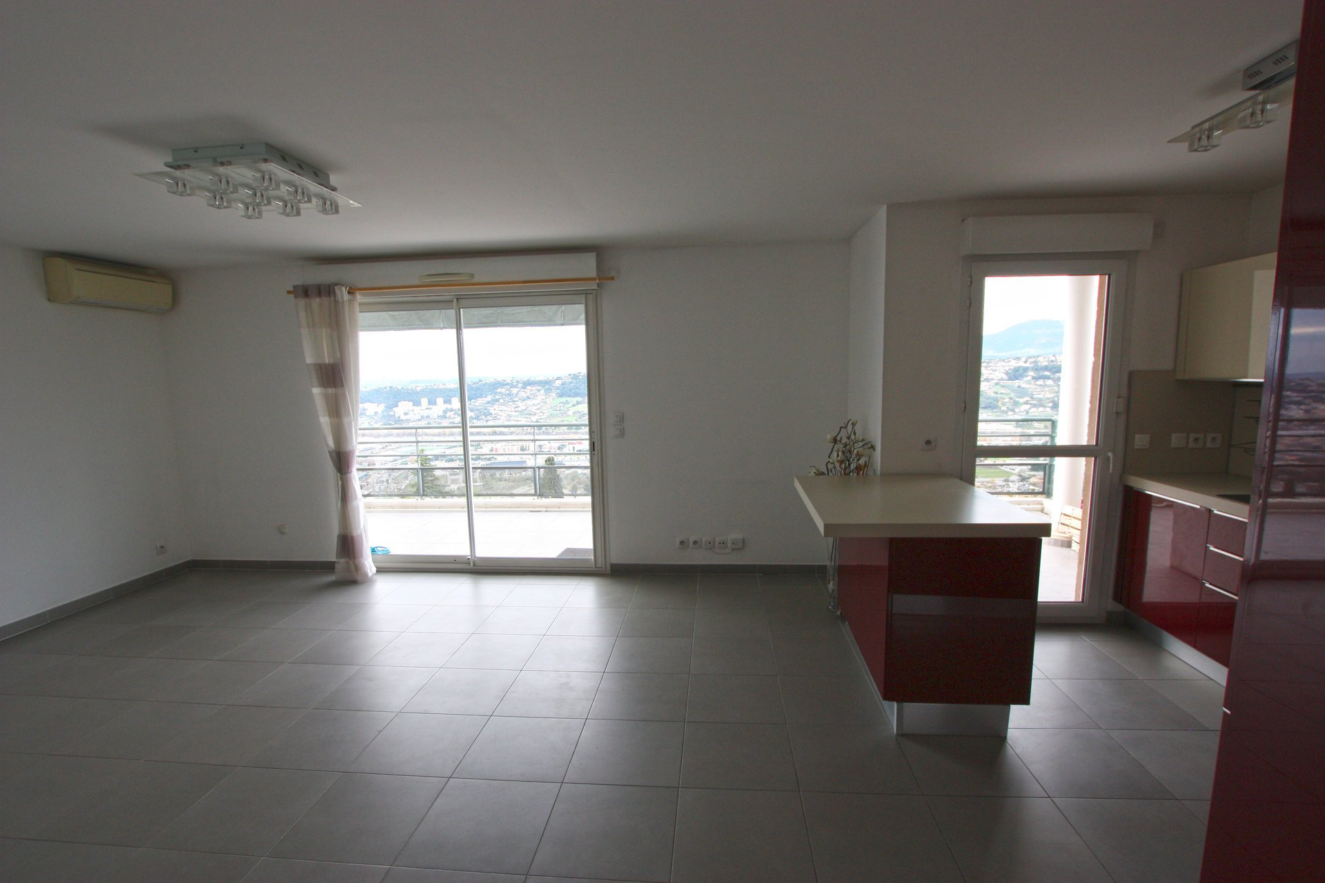 F4 - Dernier étage - Terrasse - Vue panoramique mer et montagne