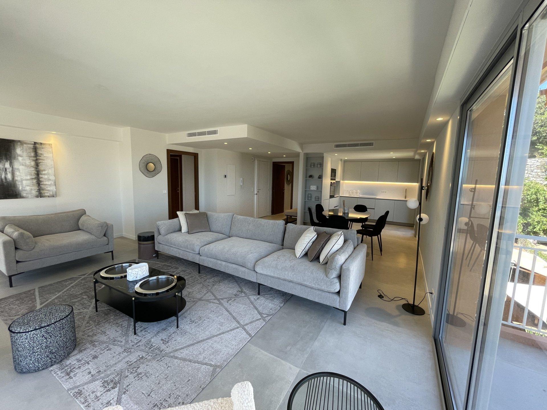 Sale Apartment - Villefranche-sur-Mer