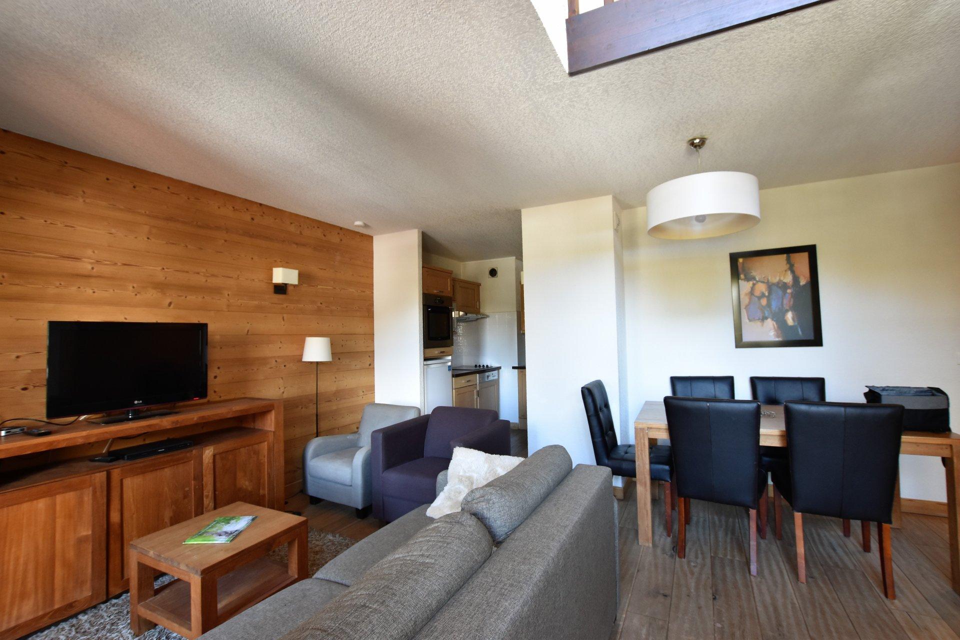 Upper valley apartment