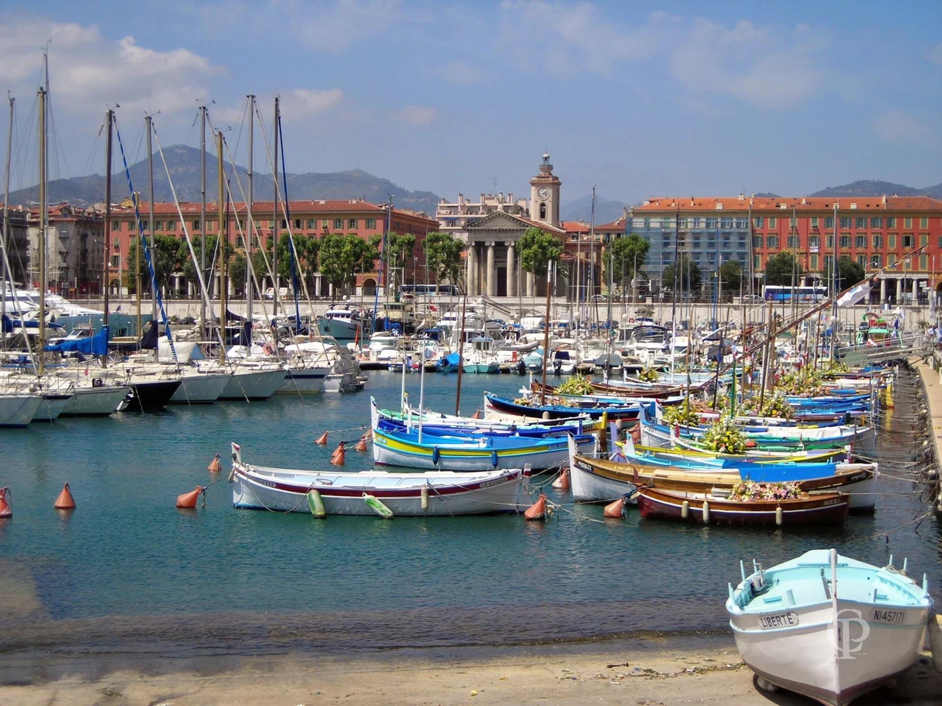 Sale Business assets - Nice Le Port