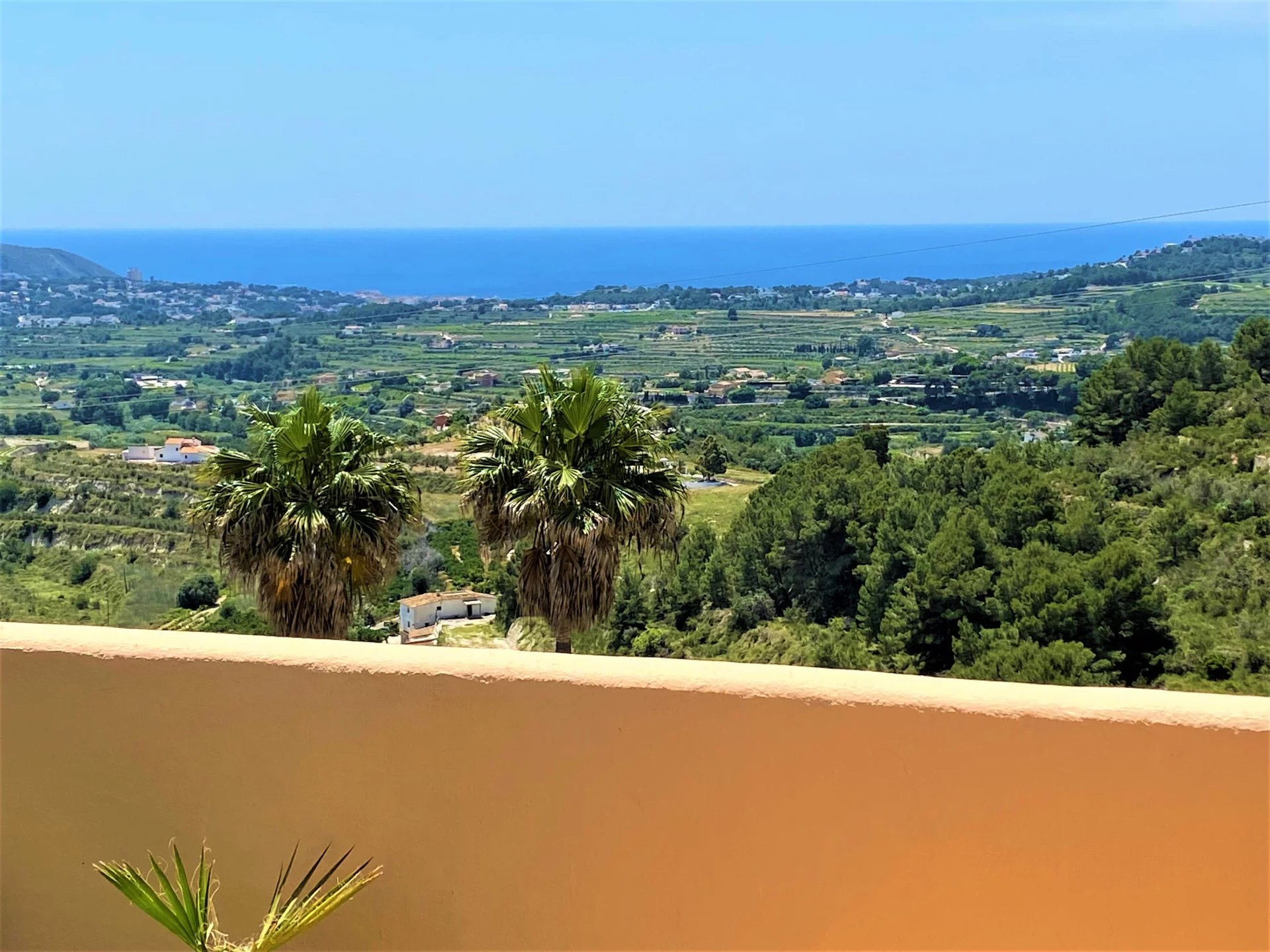 Prachtig appartement met panoramisch zeezicht