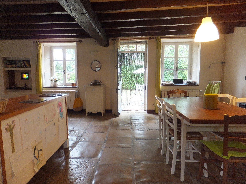 Te koop een prachtig huis in de buurt van Lezay
