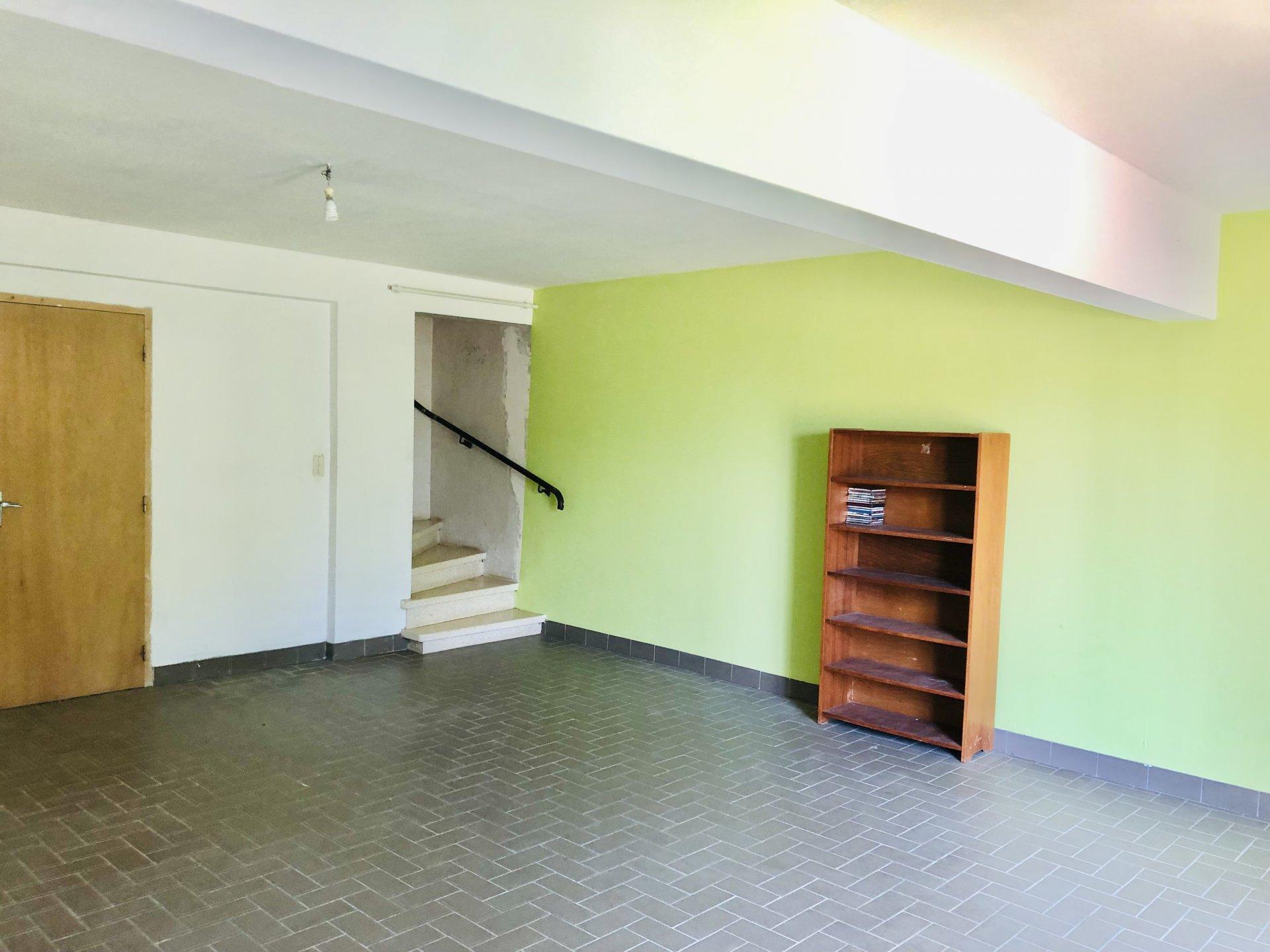 EXCLUSIVITÉ villa sur 2121 m2 de terrain