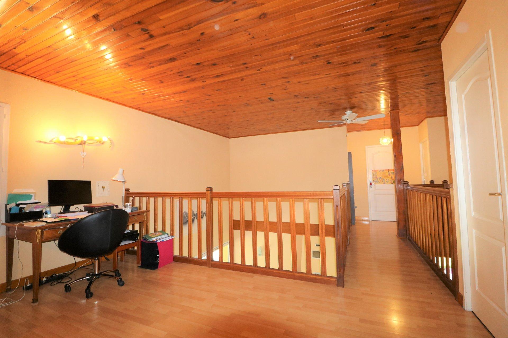 Maison atypique 220 m² hab./6 chambres/1800m² de terrain