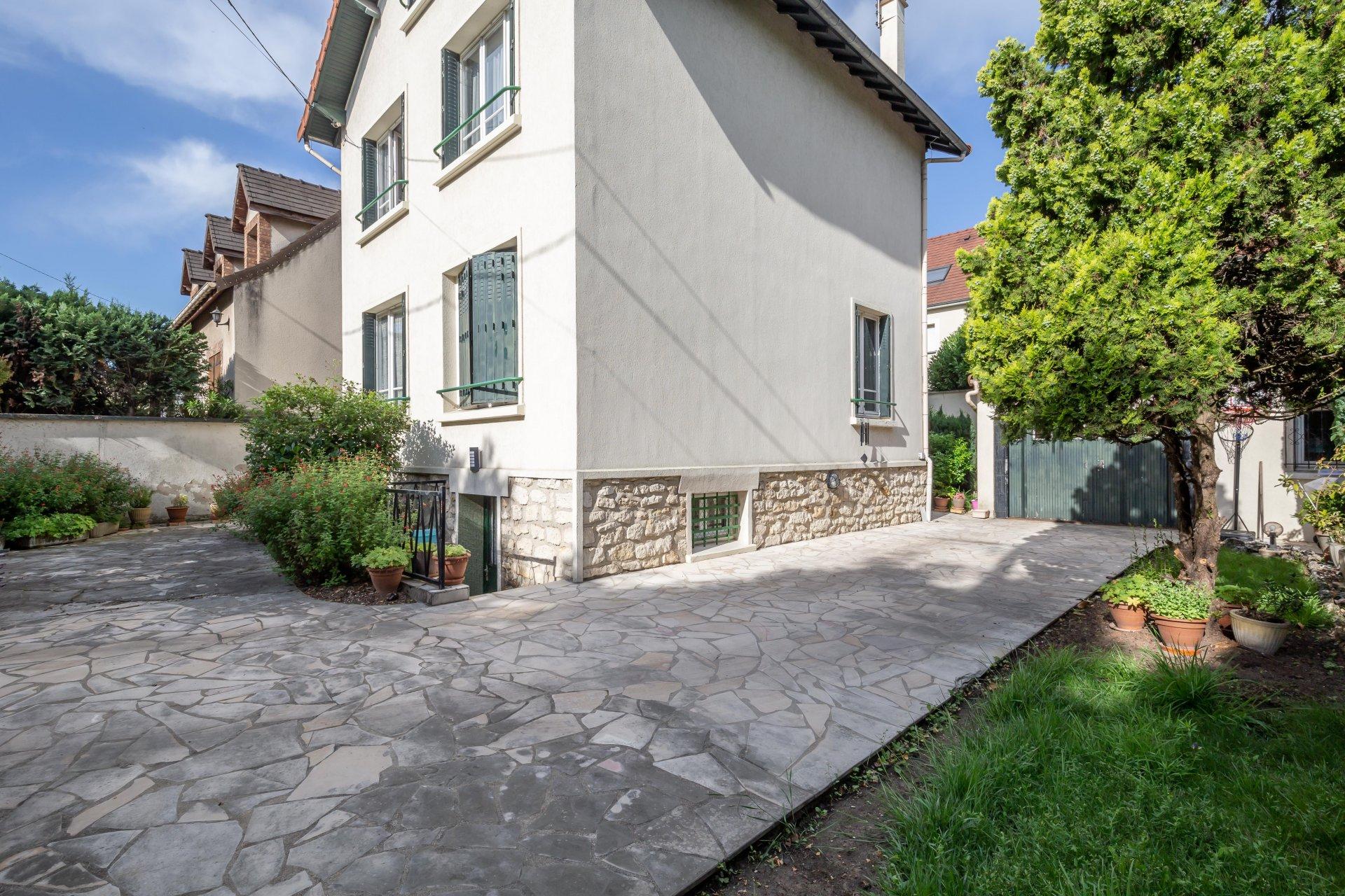 Maison de 1930  5 pièces 120 m²
