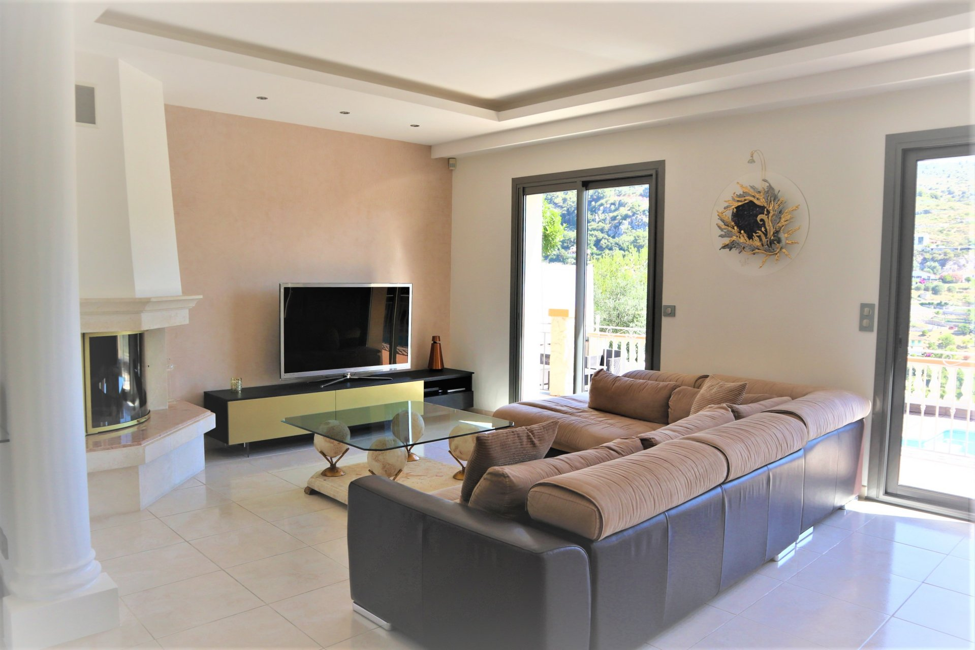 HILLS AROUND NICE - VILLA 3 BEDROOMS WITH POOL AND HILL VIEWS