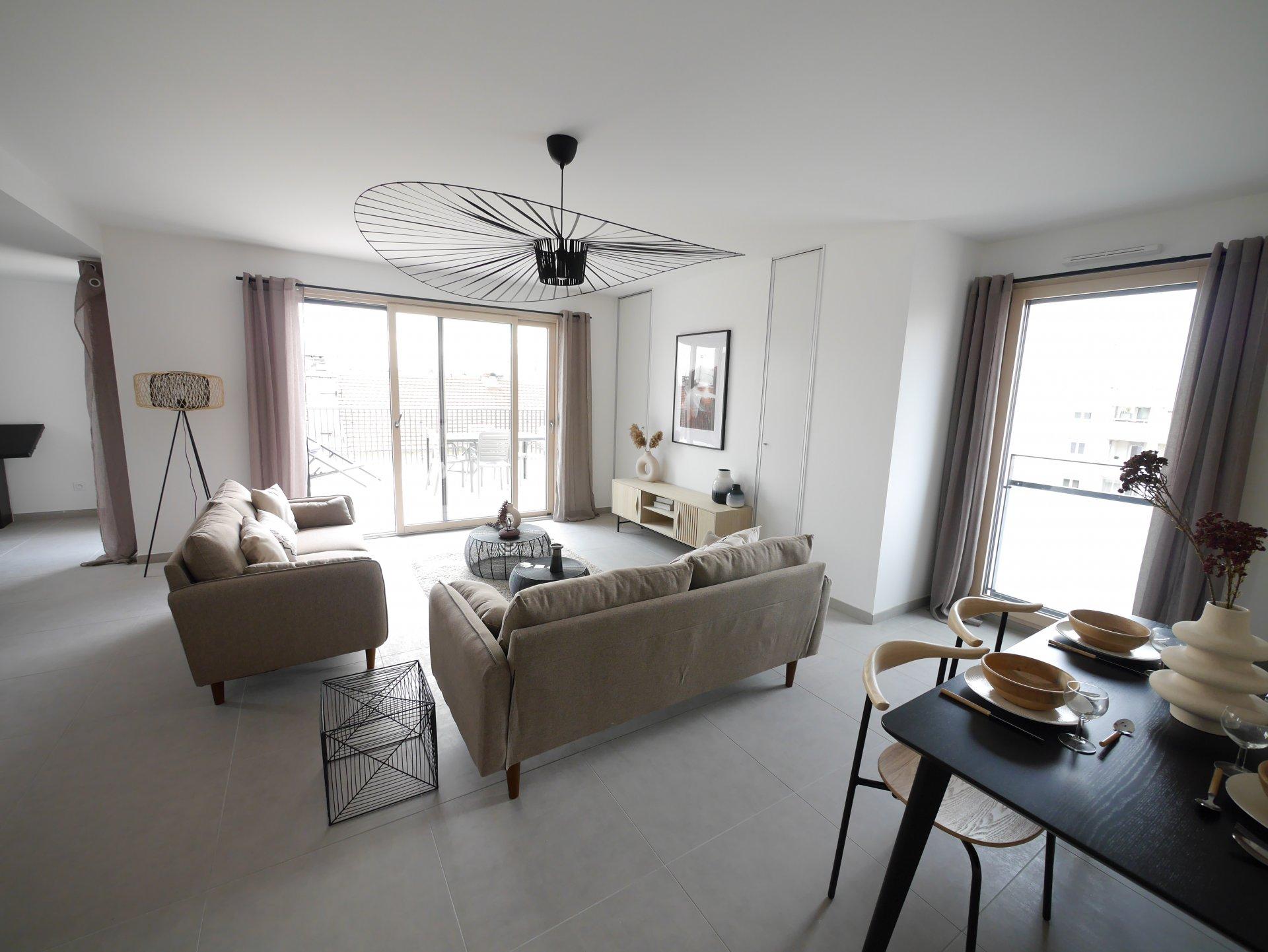 Sale Apartment - Villeurbanne Gratte-ciel
