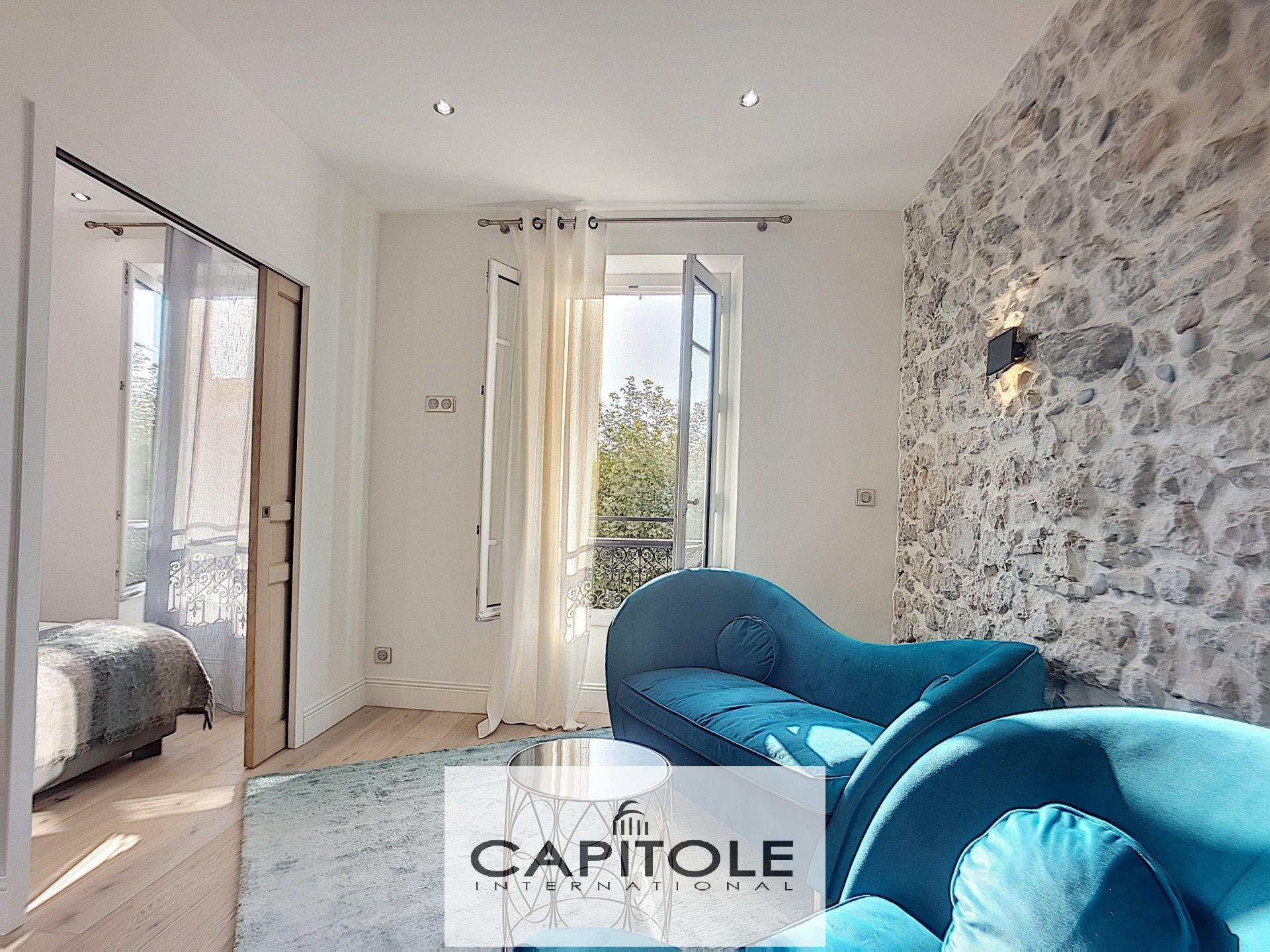 For sale, heart of Old Antibes SOLE AGENT PROPERTY, superb sunny 2 bedroom apartment, open views, full of character,