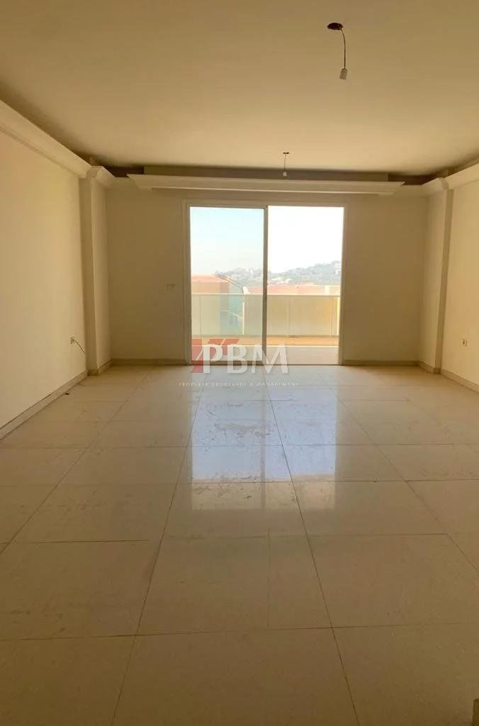 FULL BANKER'S CHECK| Charming Apartment| 24161