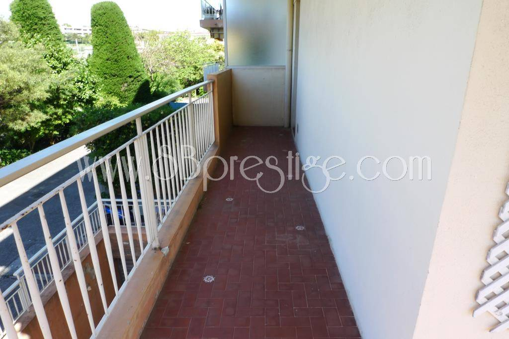 Location Appartement - Antibes Fournel-Badine