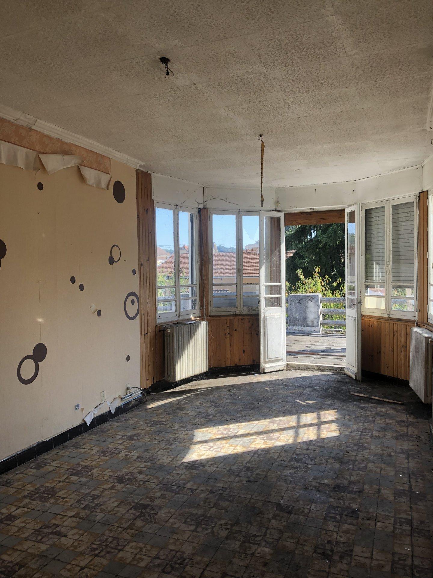 Appartement  1 pièce 87m²