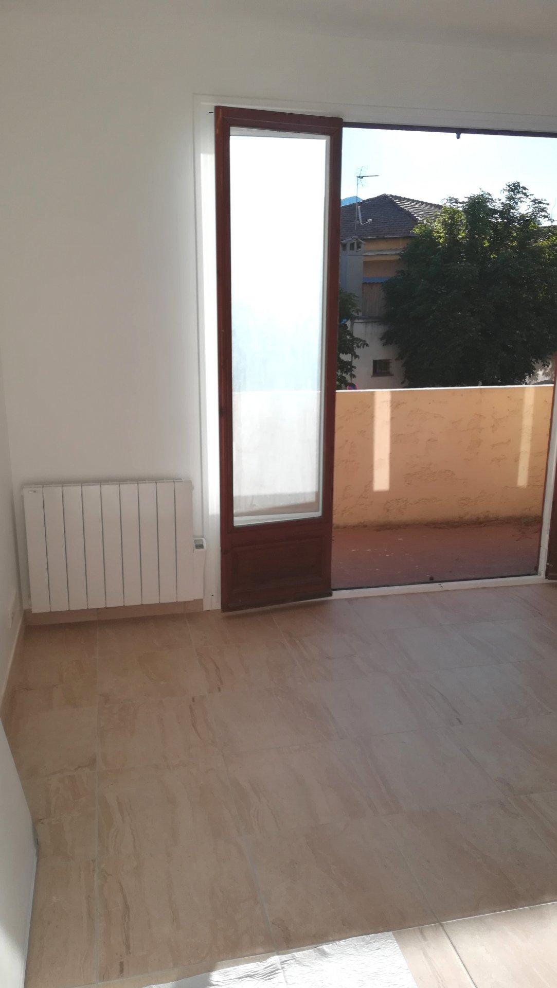 Rental Apartment - Entrevaux