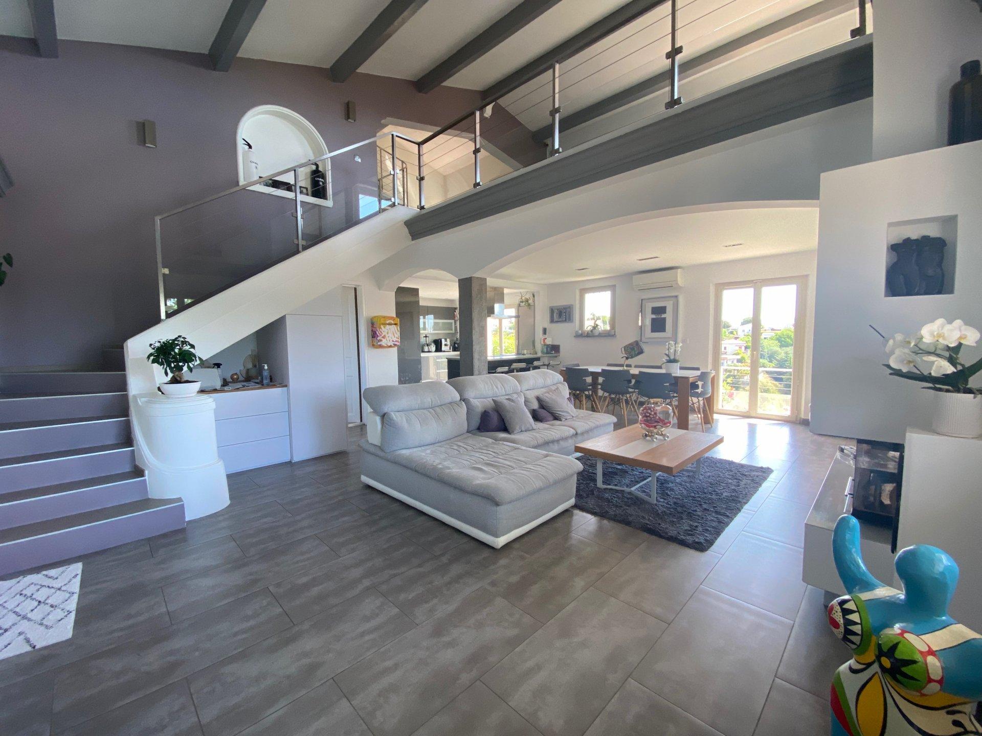 Försäljning Hus - Saint-Laurent-du-Var Corniche Fahnestock