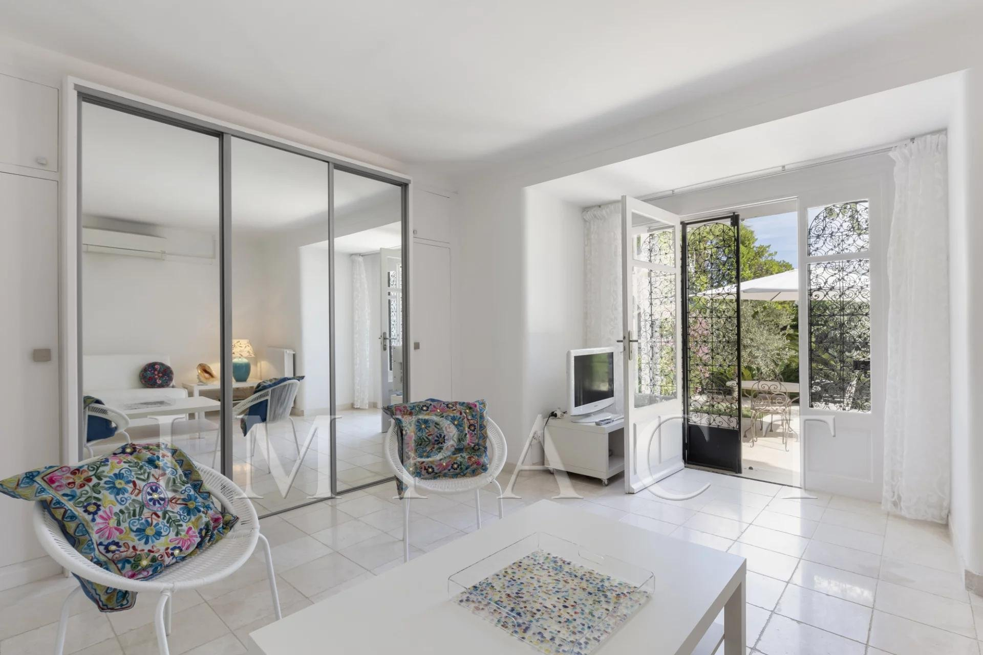 Fully renovated private mansion for sale - Cannes 10 min walk from the center