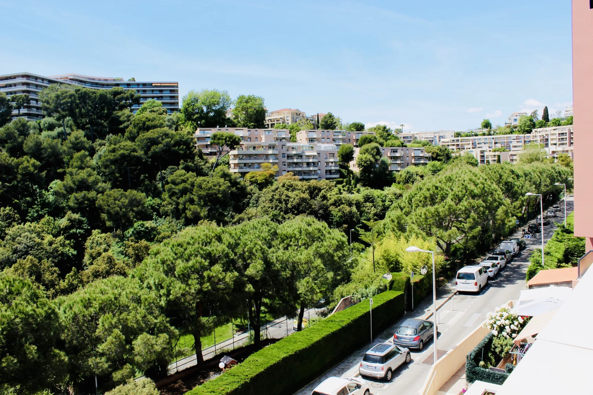 4 rooms in secure residence in ouest Nice