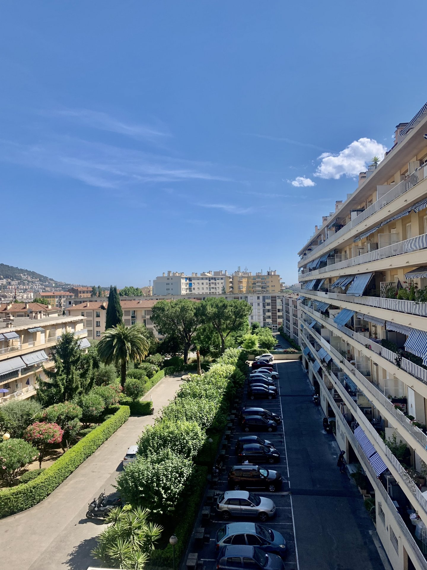 Calme F1 - Quartier Pasteur