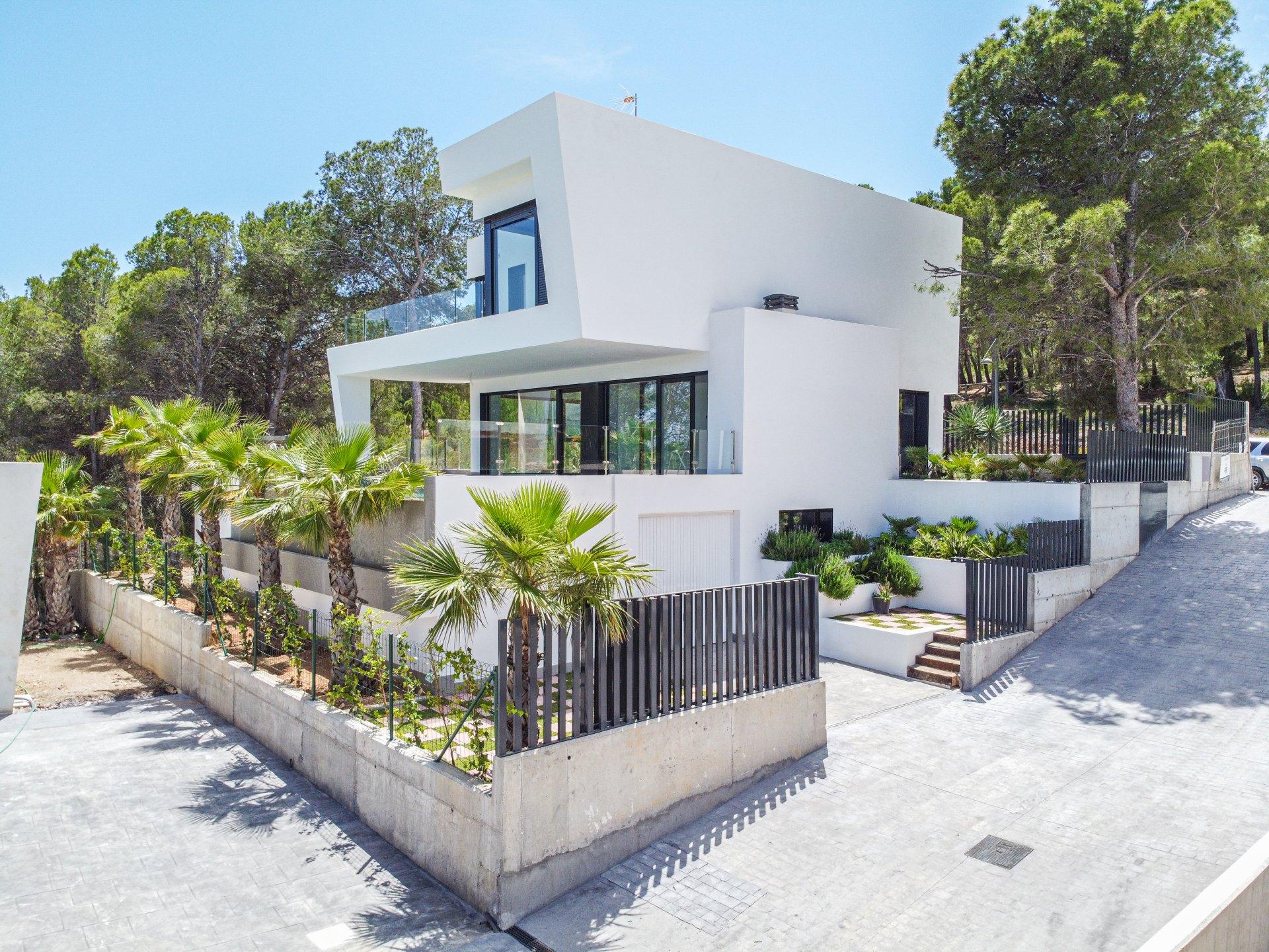 Nieuwe moderne villa in Polop