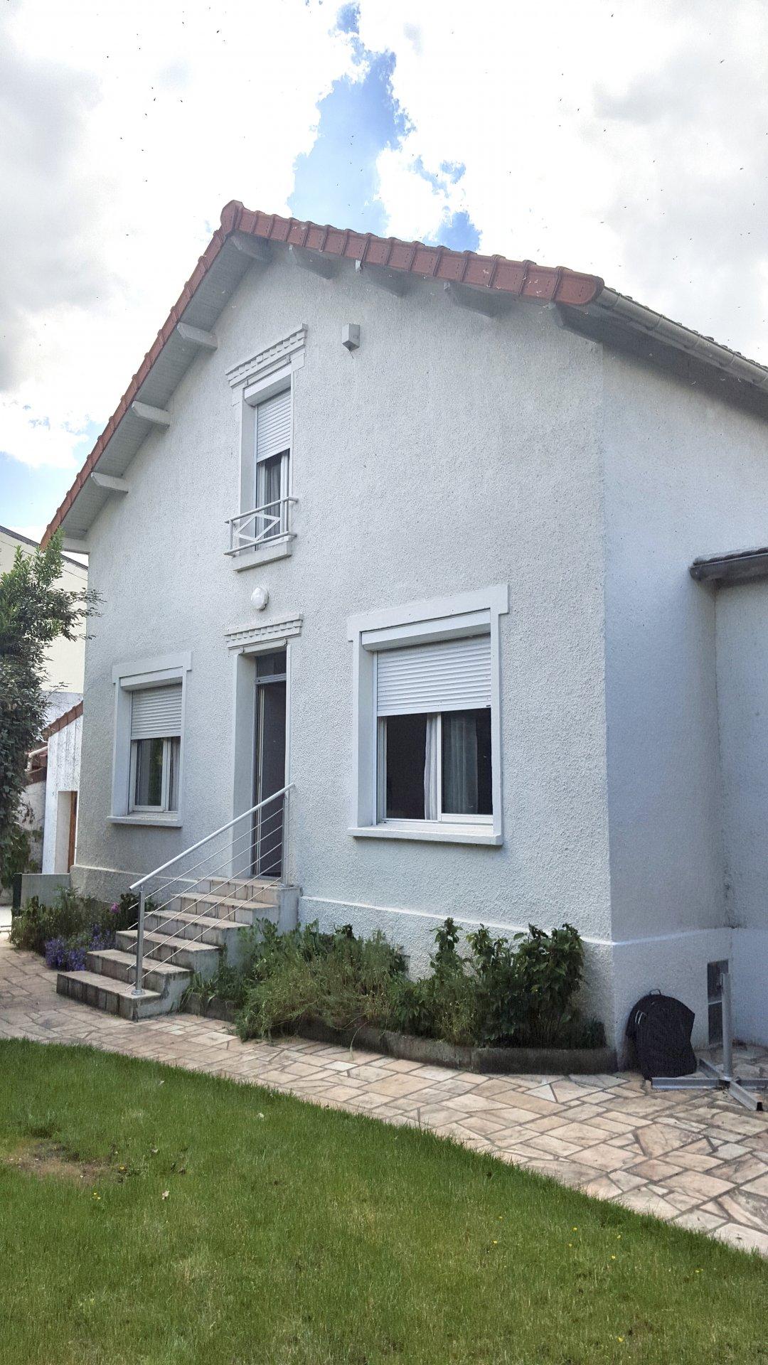 Atelier et maison avec jardin - Villejuif Centre