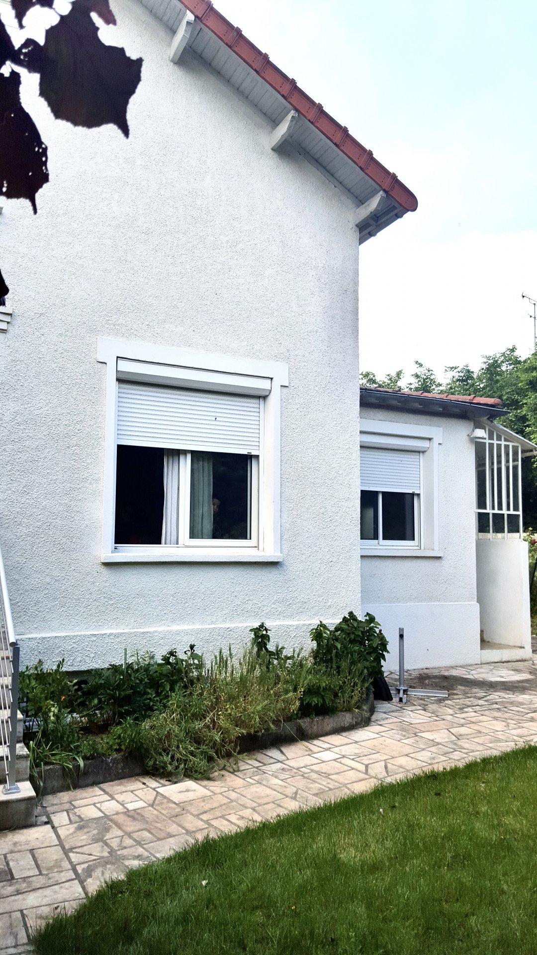 Maison avec jardin et atelier - Villejuif Centre