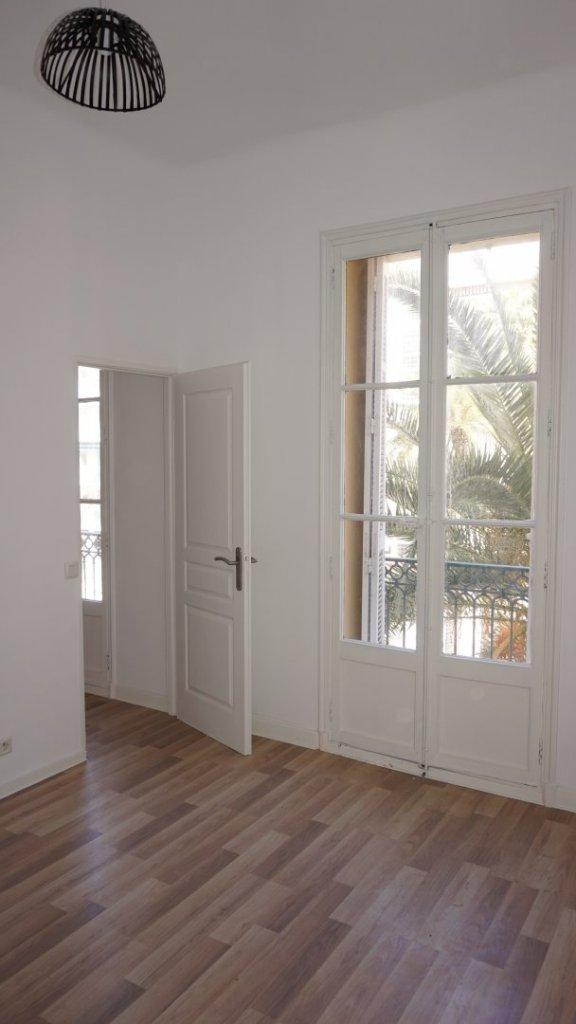Affitto Appartamento - Hyères Centre-ville