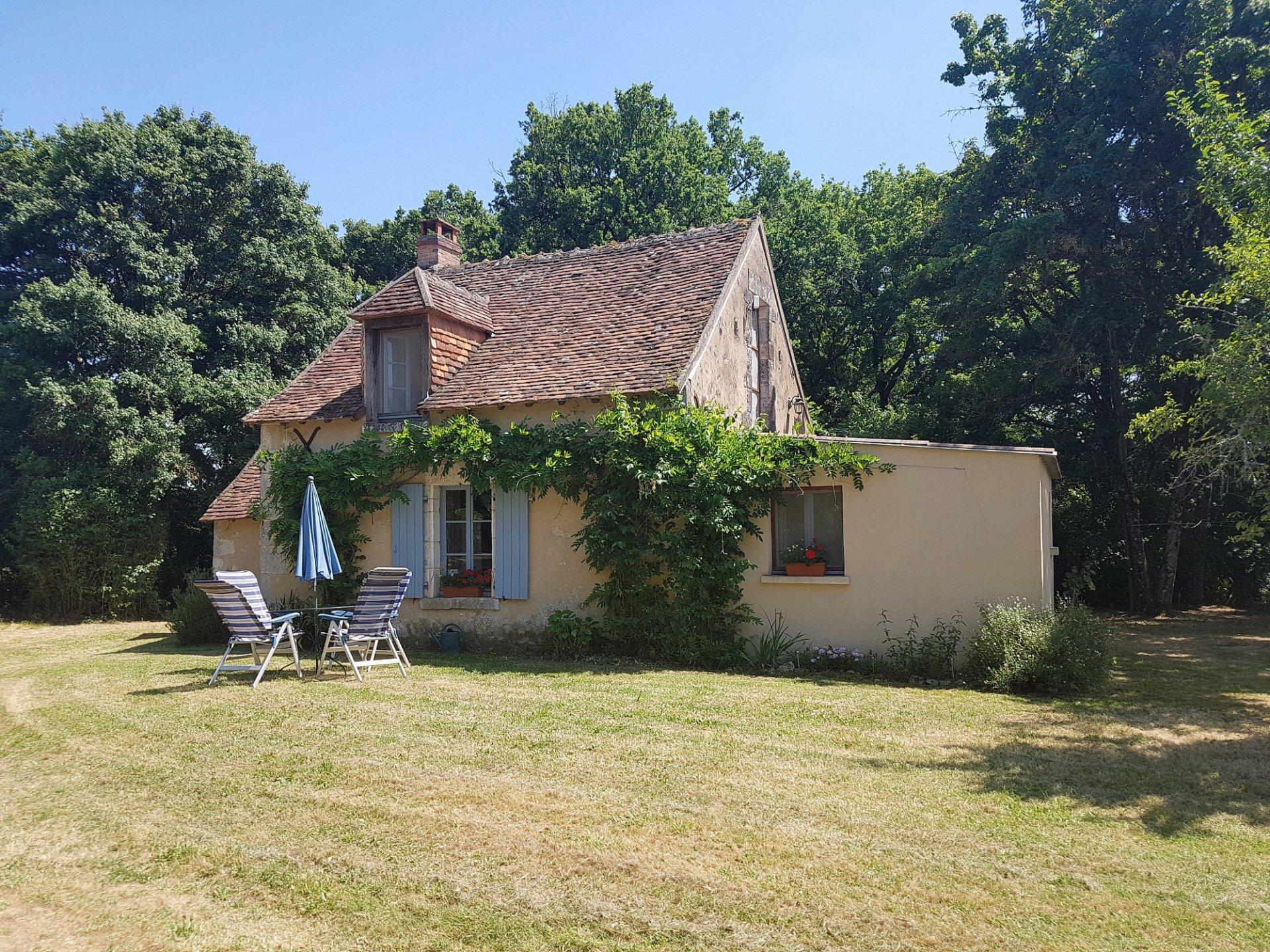 Deux maisons avec piscine à vendre dans la Brenne, Indre 36
