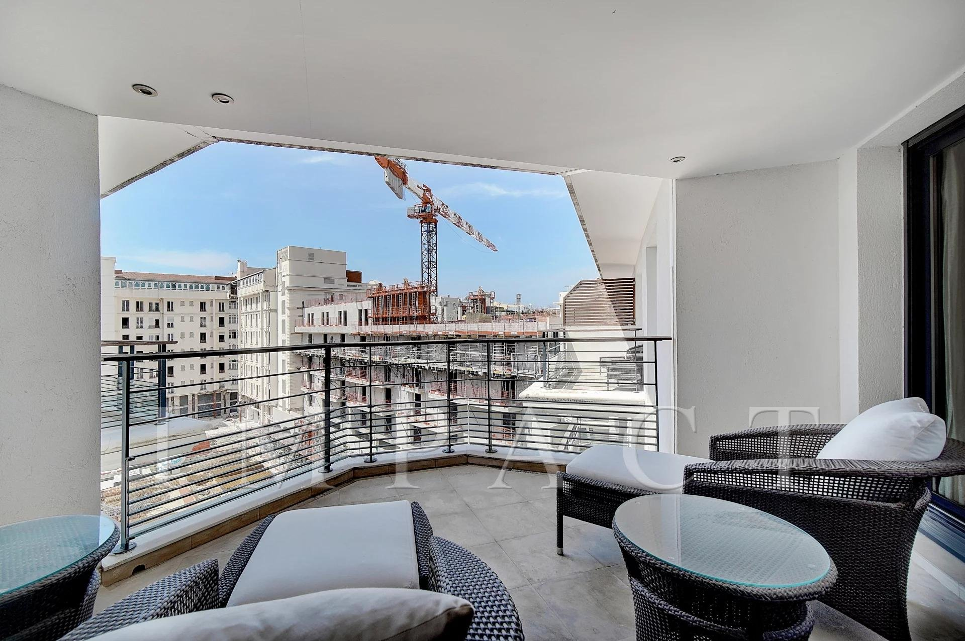 Very nice apartment in the center of Cannes