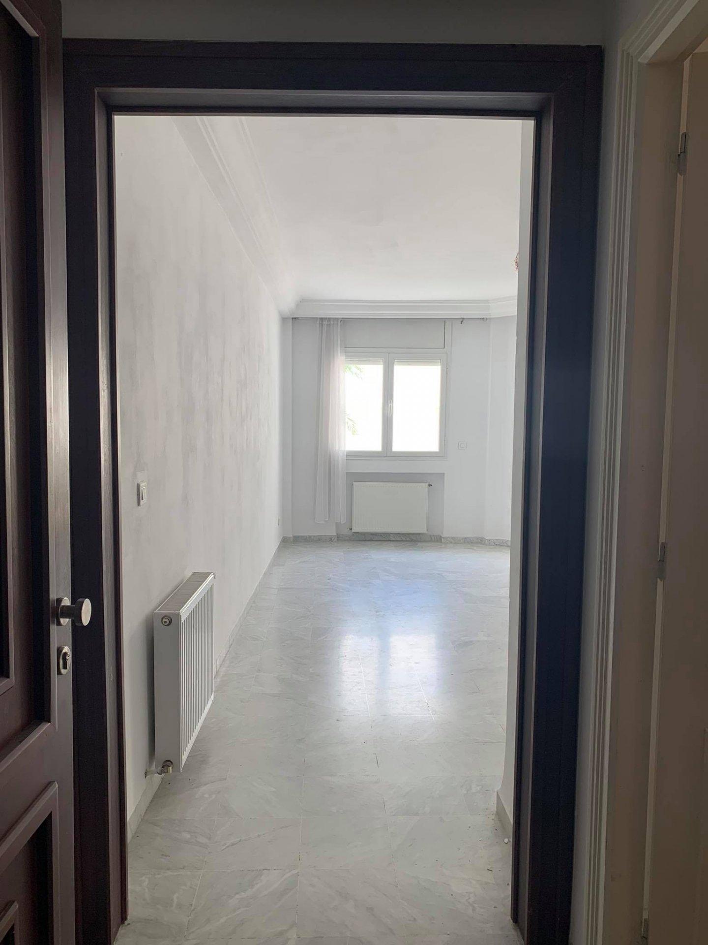 Location Appartement S+1 au Lac 2.