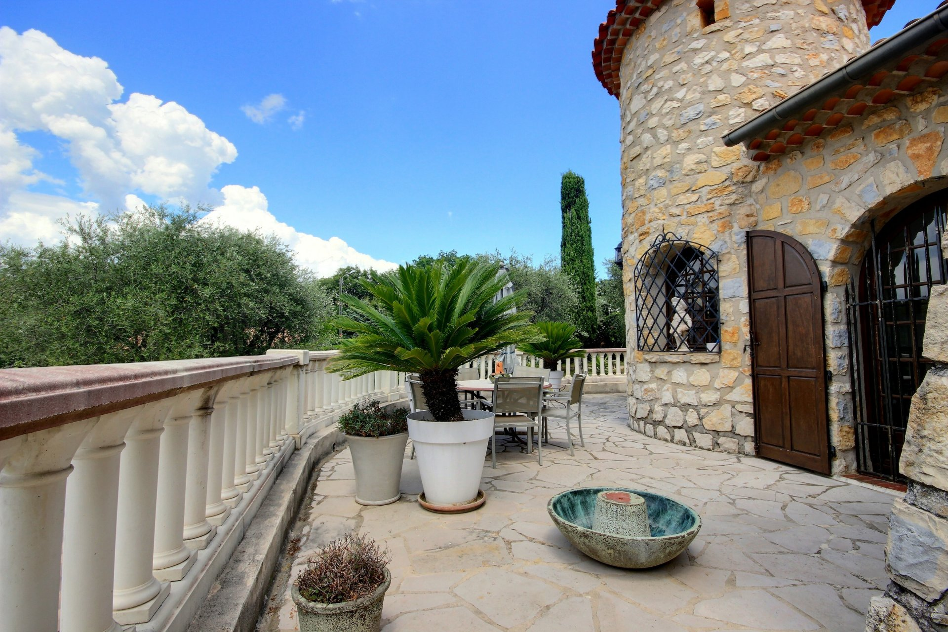 Charming stone house close to Valbonne