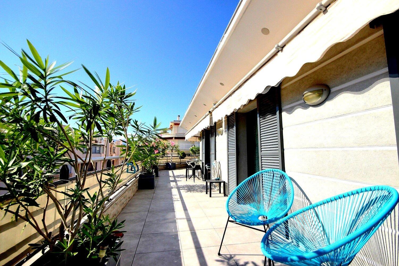 Penthouse till salu i Antibes Port Vauban