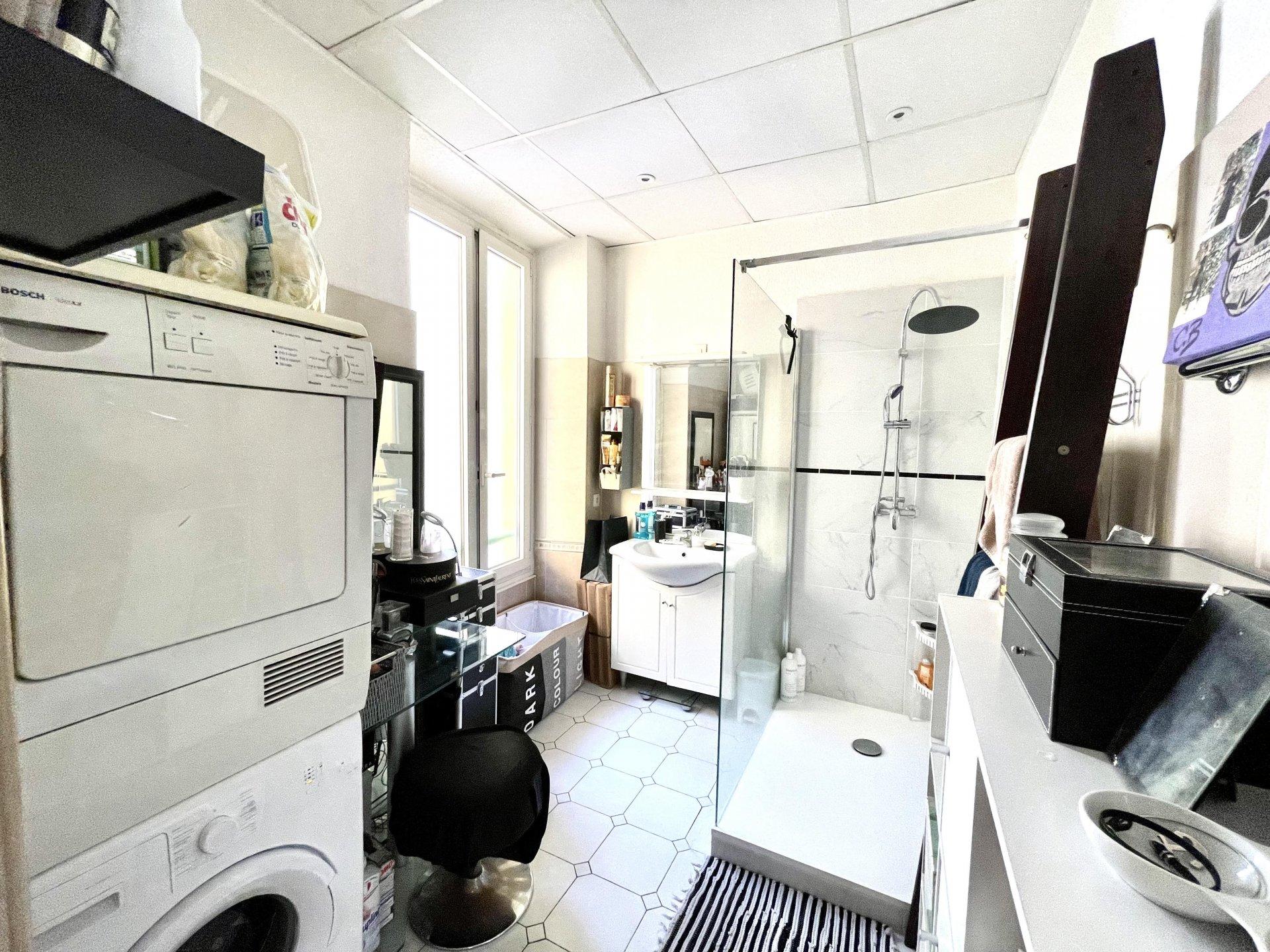 Nice Rue de France, appartement 2 pièces de 52 m² à proximité de la promenade des anglais